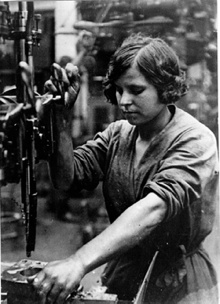Course factory worker