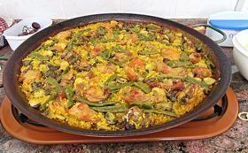 A huge platter of paella